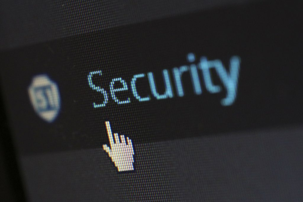 como prevenir ataques ciberneticos